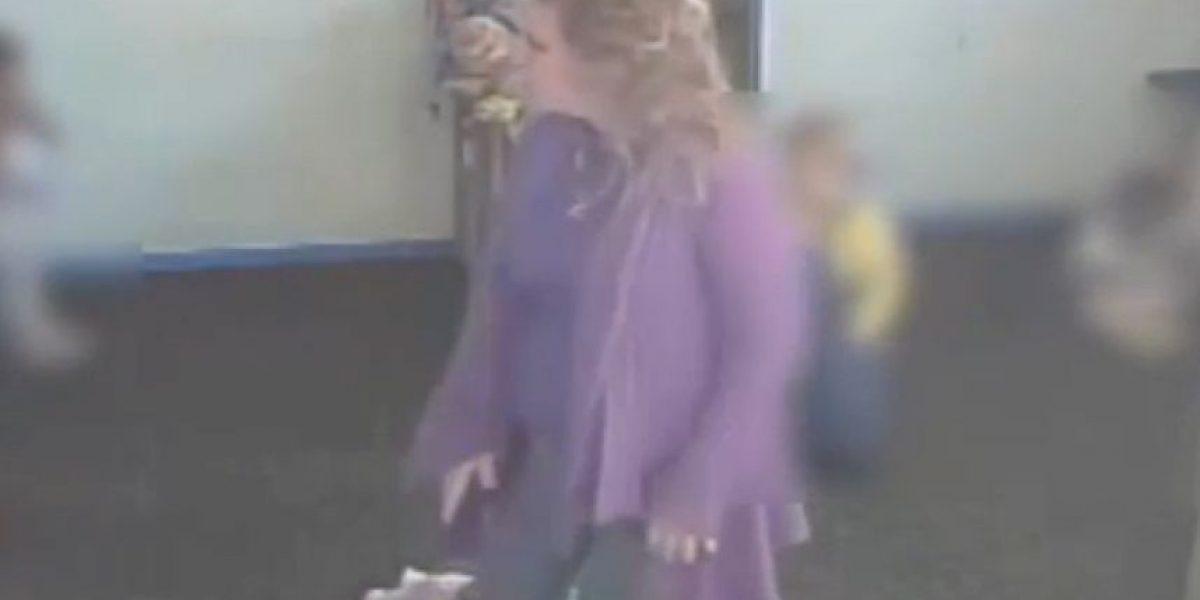 VIDEO: Trabajadora de cuido golpeaba a bebé mientras dormía