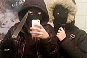 Estos adolescentes se retrataron momentos antes de robar 400 dólares Foto:Twitter. Imagen Por: