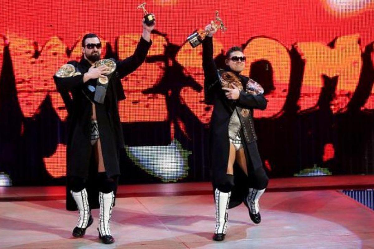 Buscan recuperar el título Foto:WWE. Imagen Por: