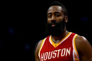 Si Kobe no se recupera de una lesión en el hombre, James Harden tomaría su lugar Foto:Getty. Imagen Por: