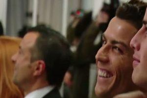 El futbolista portugués rió como nunca. Foto:YouTube. Imagen Por: