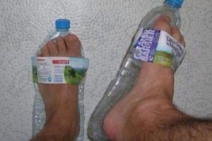 A falta de zapatos… Foto:There I Fixed. Imagen Por: