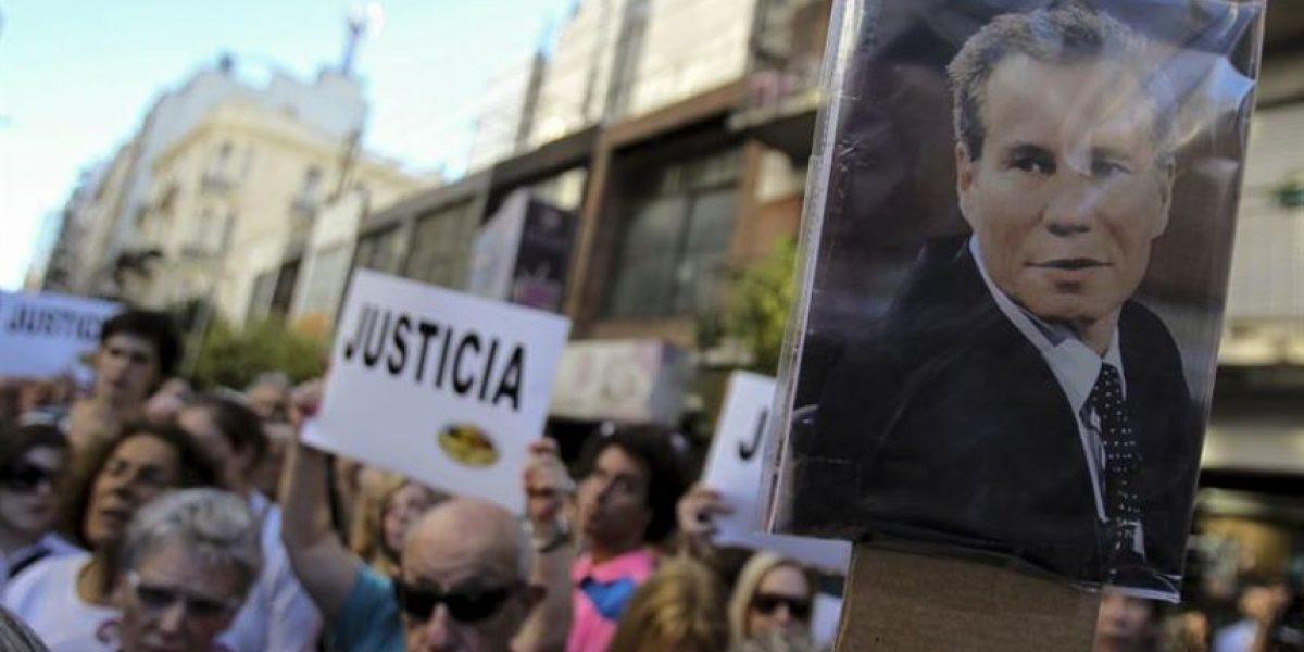 Argentina: Peritaje descartaría suicidio del fiscal Alberto Nisman