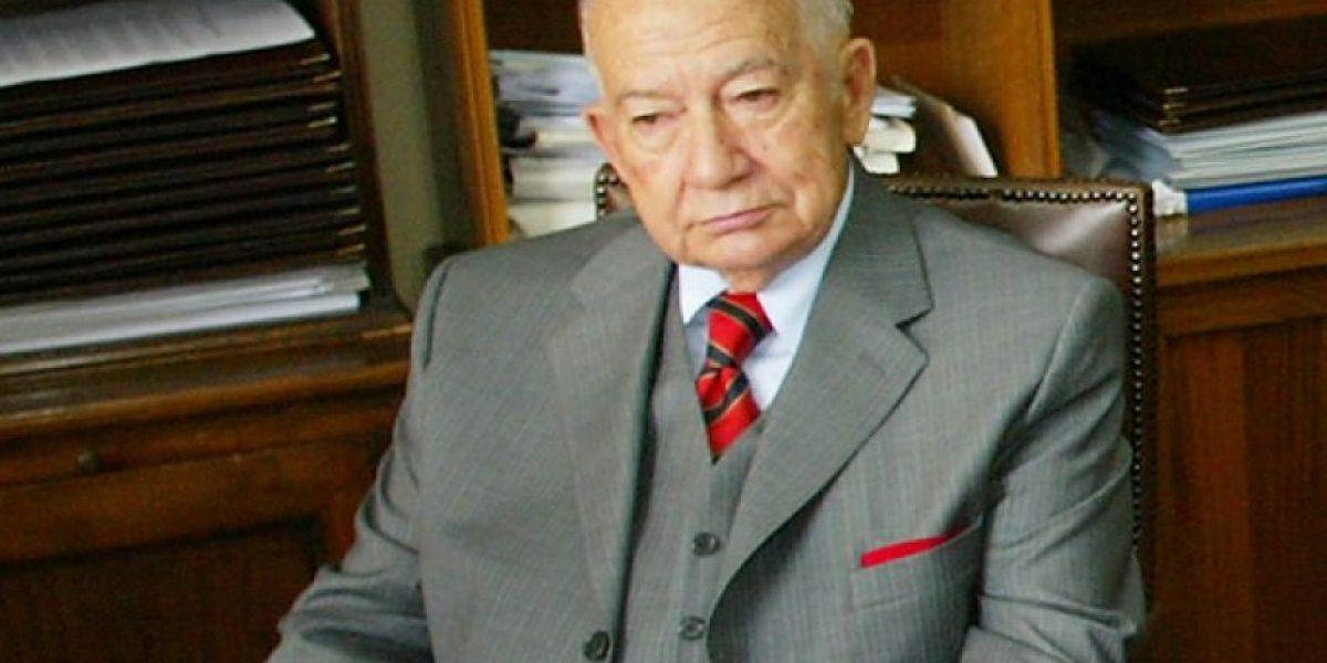 Falleció Julio Canessa, miembro de la Junta Militar y ex Senador Designado del Ejército