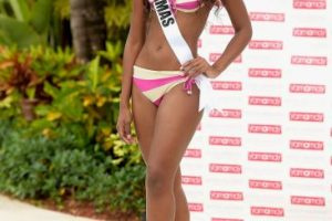 Miss Bahamas – Tomacina Culmer Foto: Getty Images. Imagen Por: