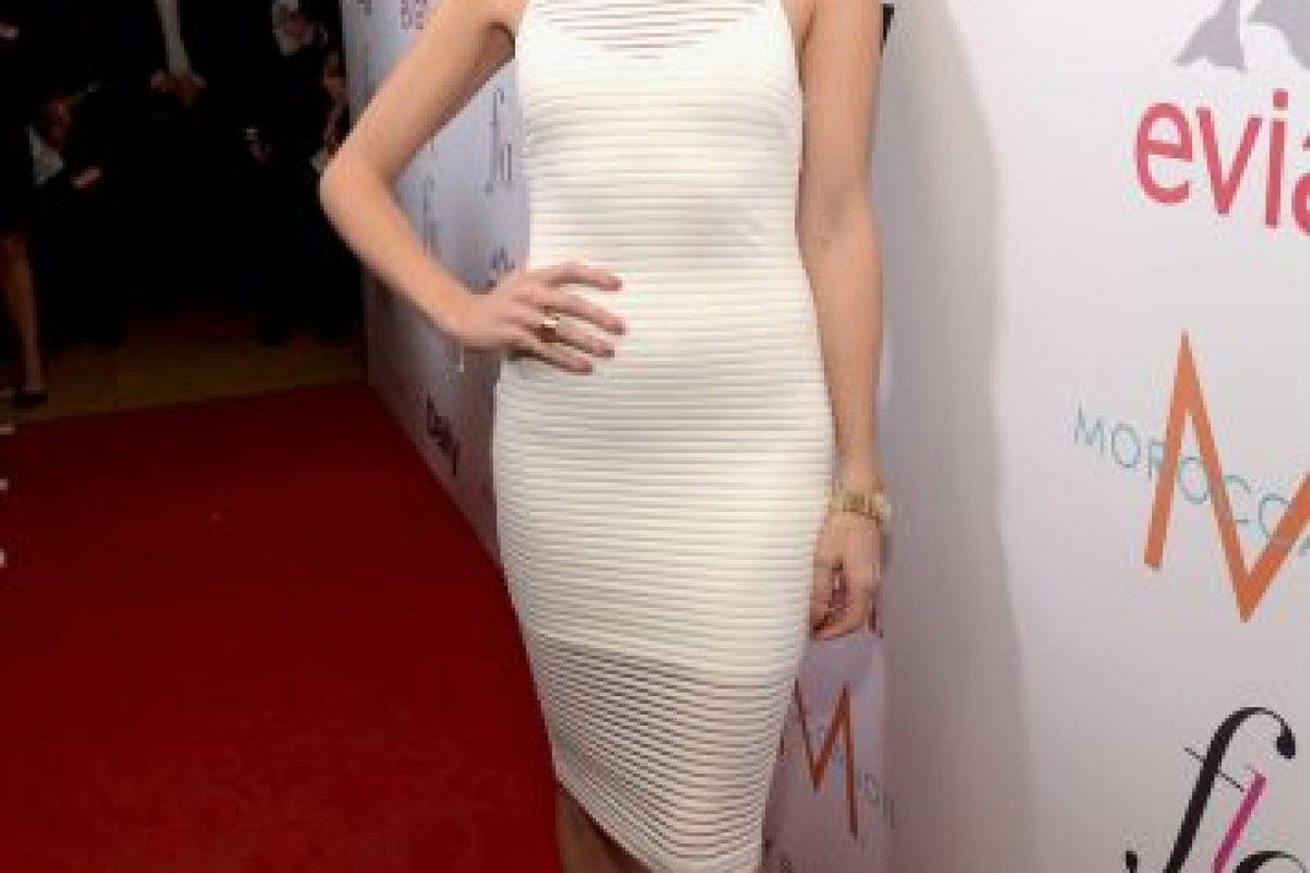 La modelo británica de 33 años de edad también es presentadora de teevisión y periodista de moda. Foto:Getty Images. Imagen Por: