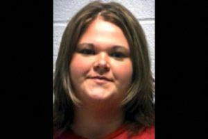 Amber Marshall, de 23 años, fue acusada de tener contacto sexual con varios estudiantes menores de 16 años Foto:wnd.com. Imagen Por: