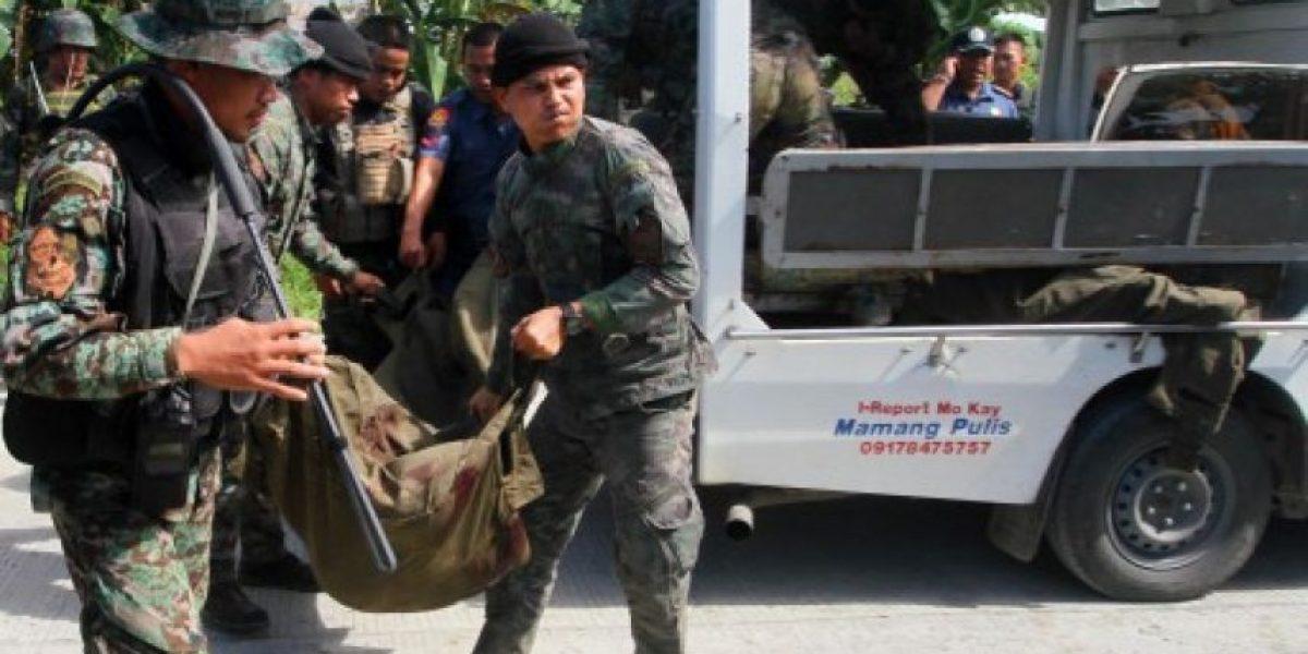 Mueren 49 policías filipinos en enfrentamientos con rebeldes musulmanes
