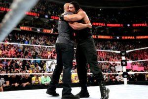 Roman Reigns ganó la batalla real Foto:WWE. Imagen Por: