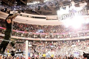 Reigns ganó un boleto para el evento principal de Wrestlemania Foto:WWE. Imagen Por: