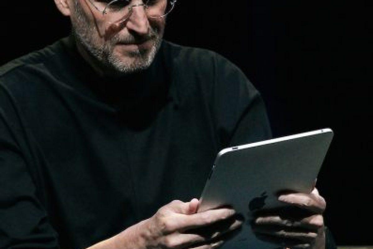 Steve Jobs en la presentación del iPad Foto:Getty Images. Imagen Por:
