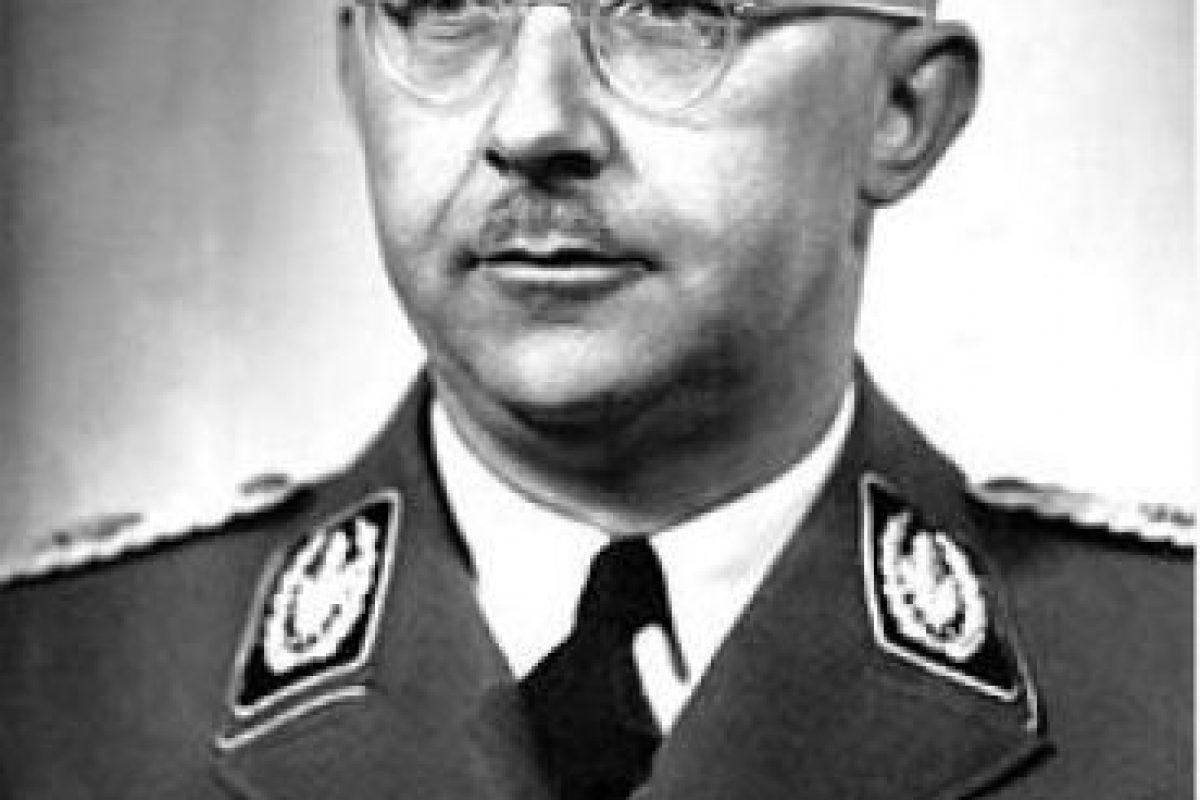Heinrich Himmler, comandante de la SS, organización militar nazi encargada de los campos Foto:Wikimedia.org. Imagen Por: