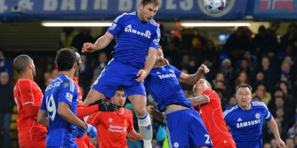 En un partido caliente, Chelsea venció a Liverpool y avanzó a la final de la Copa de la Liga