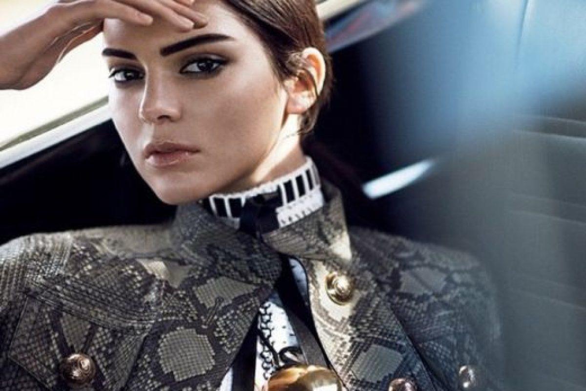 8. Kendall quiere ser famosa por ser una top model. No como su hermana, que comenzó a hacerlo por su reality y su video sexual Foto:Instagram/Kendall Jenner. Imagen Por: