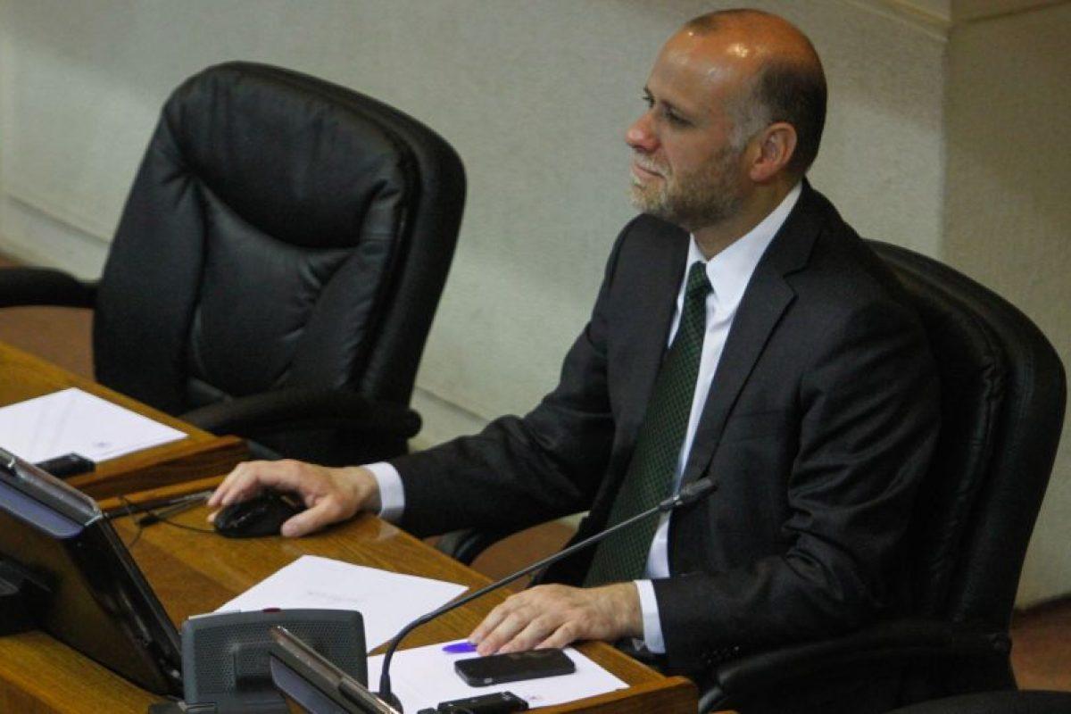 Por 25 votos a favor, 6 en contra y 3 abstenciones el informe que elaboró una Comisión Mixta, fue aprobado por el Senado. Foto:ATON CHILE. Imagen Por:
