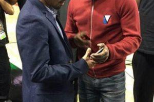 Al parecer, Floyd le pasó su número telefónico a Manny. Foto:Twitter. Imagen Por: