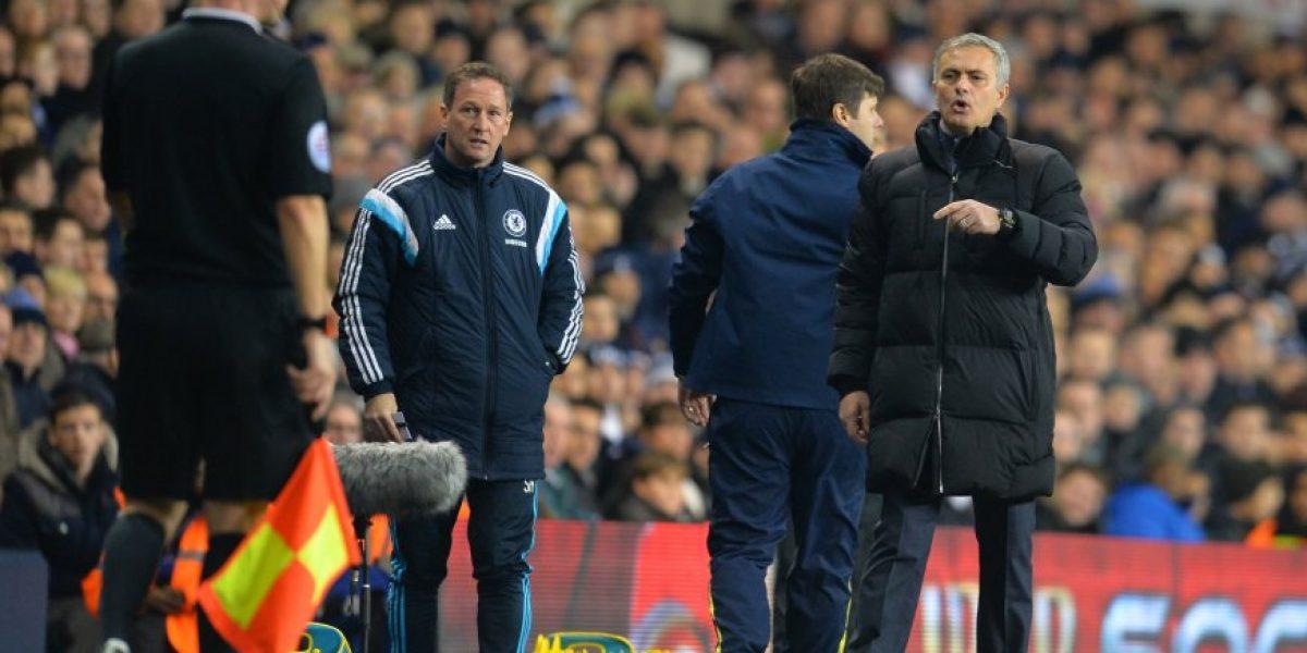 Multan a Mourinho por decir que existe una campaña contra el Chelsea