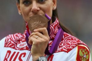 Yelena Isinbayeba – Rusia. Medalla de oro en Atenas 2004 y Beijing 2008, bronce en Londres 2012. Foto:Getty Images. Imagen Por: