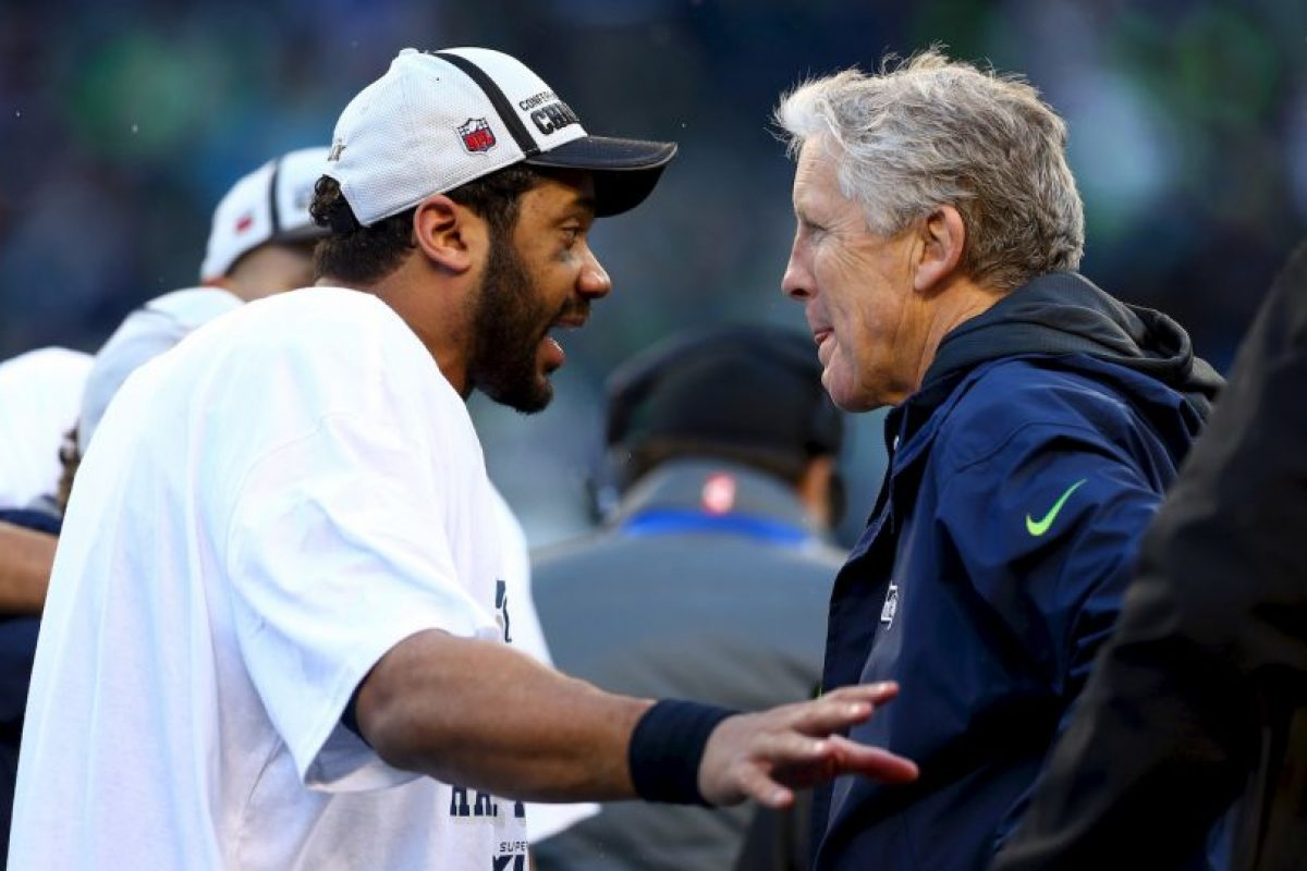 Mientras que su rival sumó tres mil 475 yardas en la campaña Foto:Getty. Imagen Por: