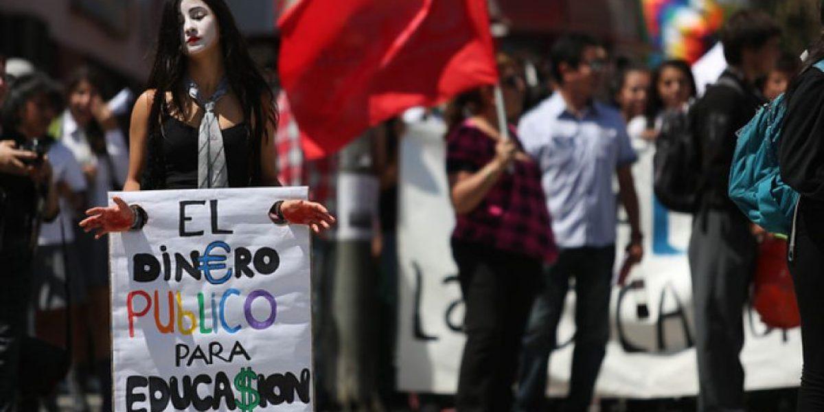 Con polémico video FECH arremete contra Eyzaguirre y llama a marchar por una verdadera reforma educacional