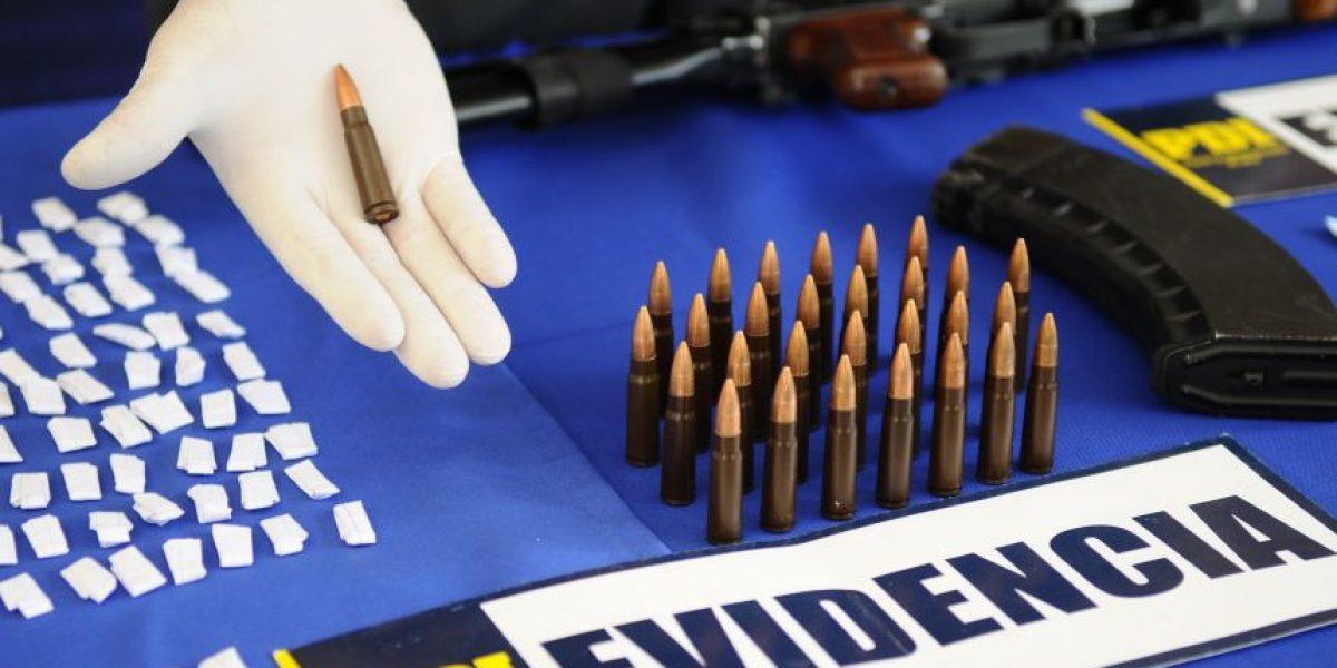 PDI recupera un fusil AK-47 en operativo por microtráfico