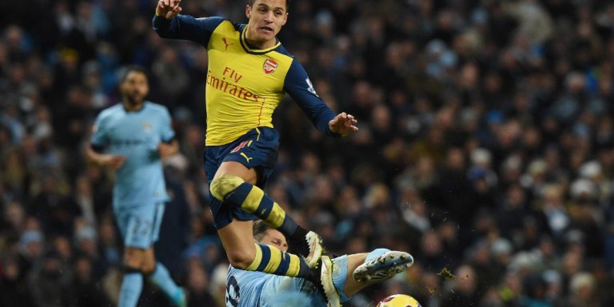 Problemas para Arsenal: Alexis es duda para el duelo ante Aston Villa