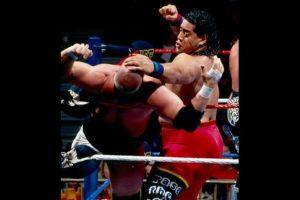 Fatu también se consolidó en las peleas individuales Foto:WWE. Imagen Por: