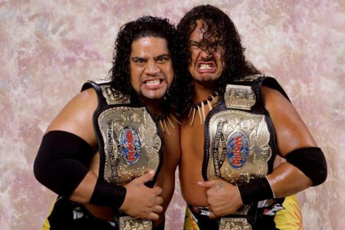 Formó un dúo con su primo Samu, el hijo de Afa Foto:WWE. Imagen Por: