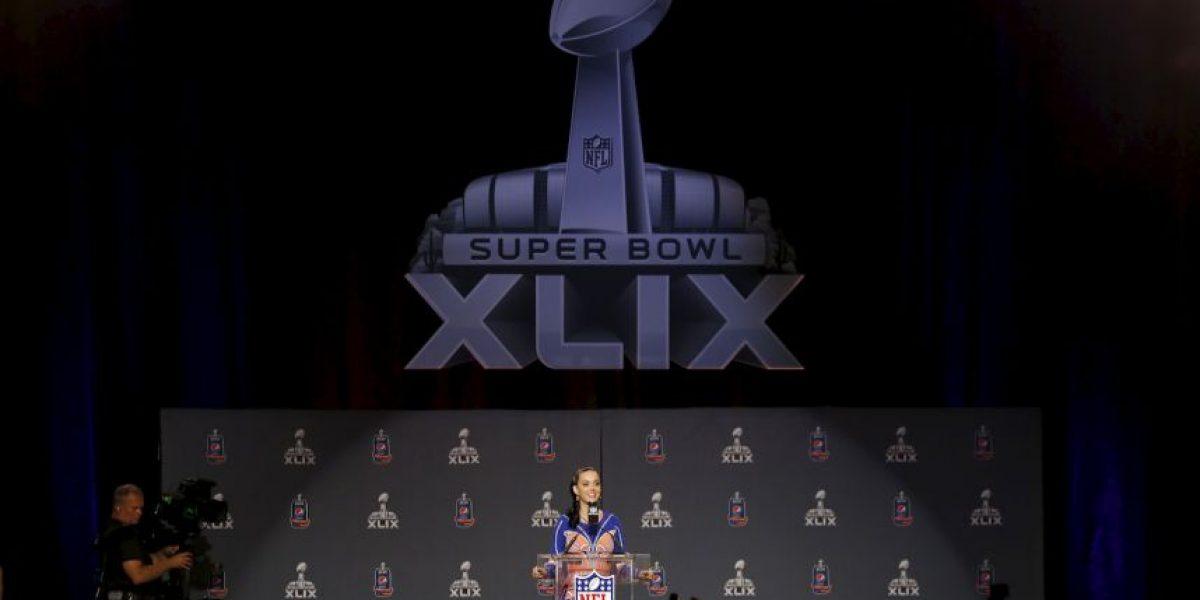 FOTOS: Katy Perry, con la fiebre del Super Bowl en todo el cuerpo