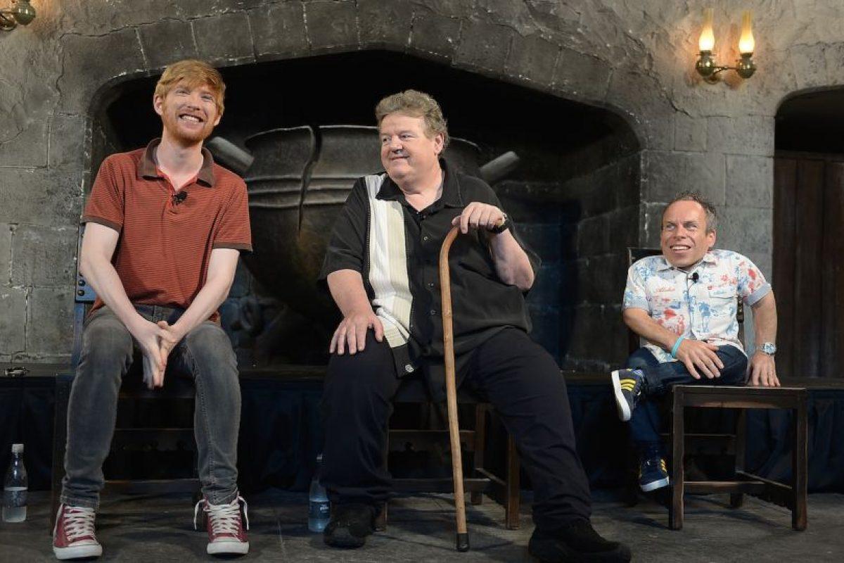 """Y se dedica a promocionar el personaje de """"Hagrid"""" junto a otras estrellas de esta saga Foto:Getty Images. Imagen Por:"""