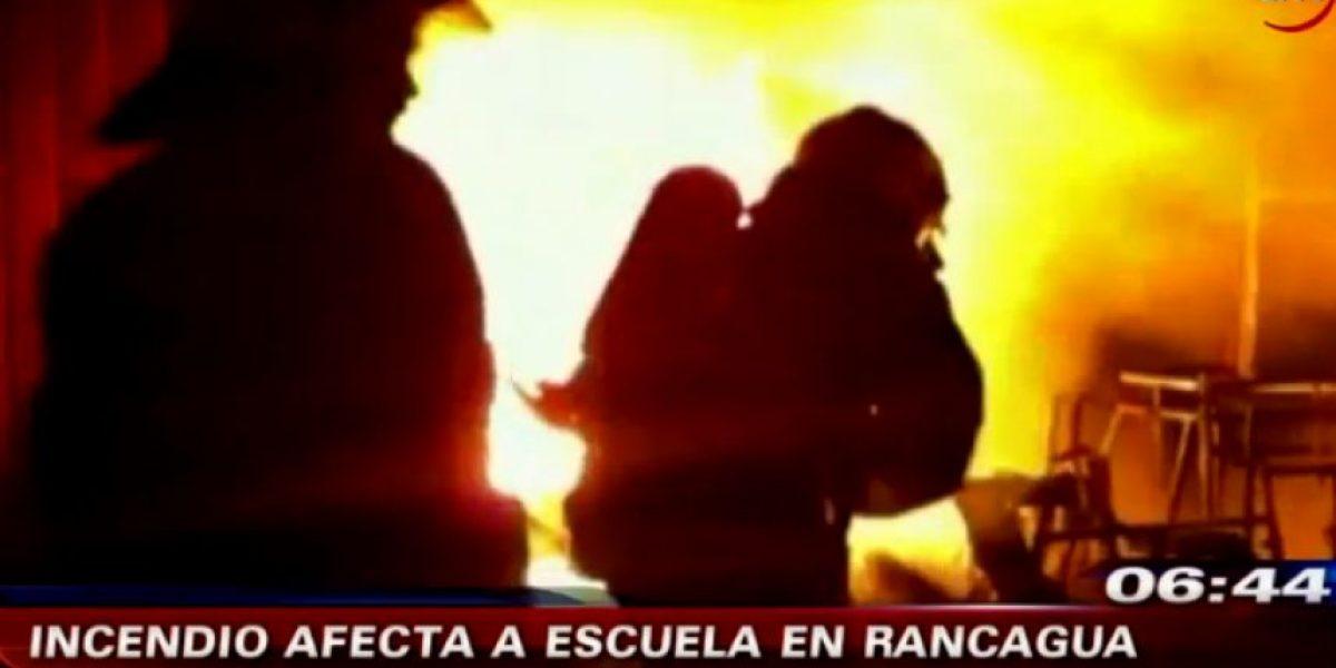 Incendio consume colegio diferencial en Rancagua