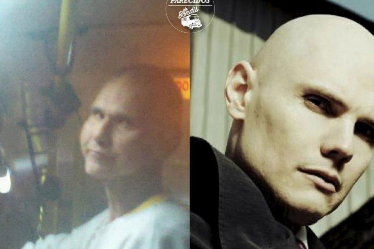"Billy Corgan, cantante de ""The Smashing Pumpkins"" Foto:Parecidos De Bondis/Facebook. Imagen Por:"