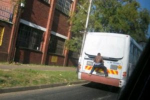 Foto:Tumblr.com/tagged/fail- transporte. Imagen Por: