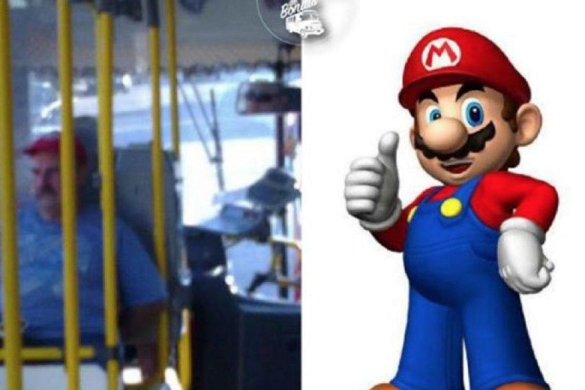 Súper Mario Foto:Parecidos De Bondis/Facebook. Imagen Por: