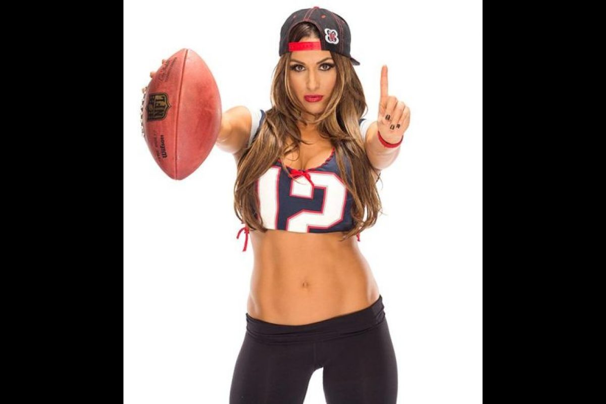 Nikki Bella apoya a los Patriotas de Nueva Inglaterra Foto:WWE. Imagen Por:
