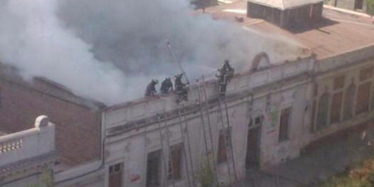Incendio en casona de Avenida España fue controlado por Bomberos
