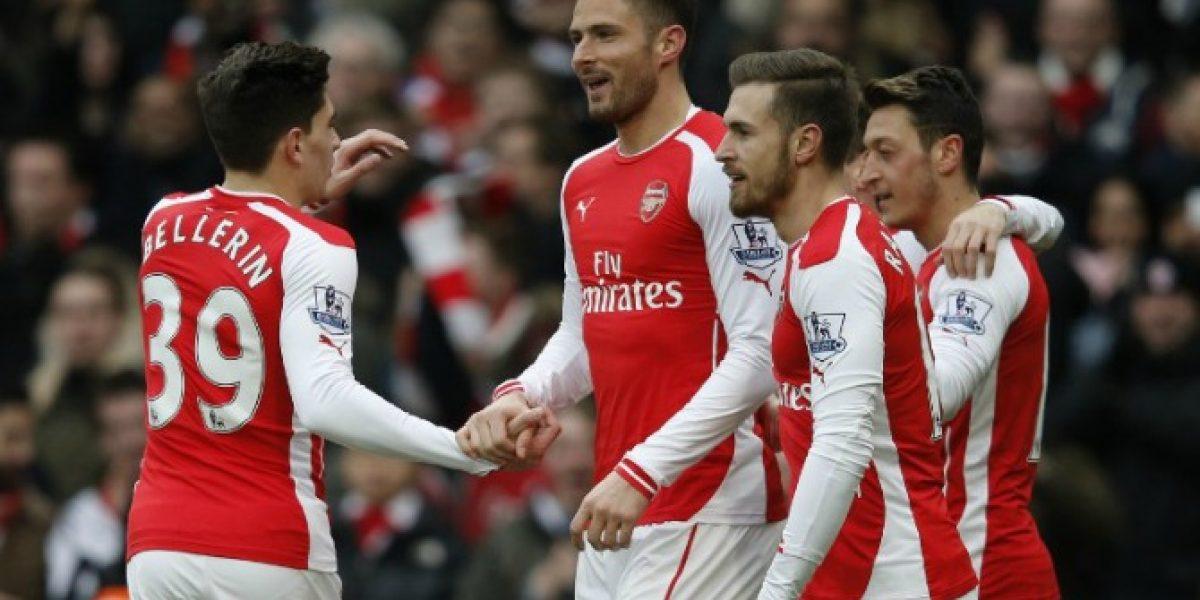 El resto si jugaba: Arsenal apabulló a Aston Villa sin el lesionado Alexis