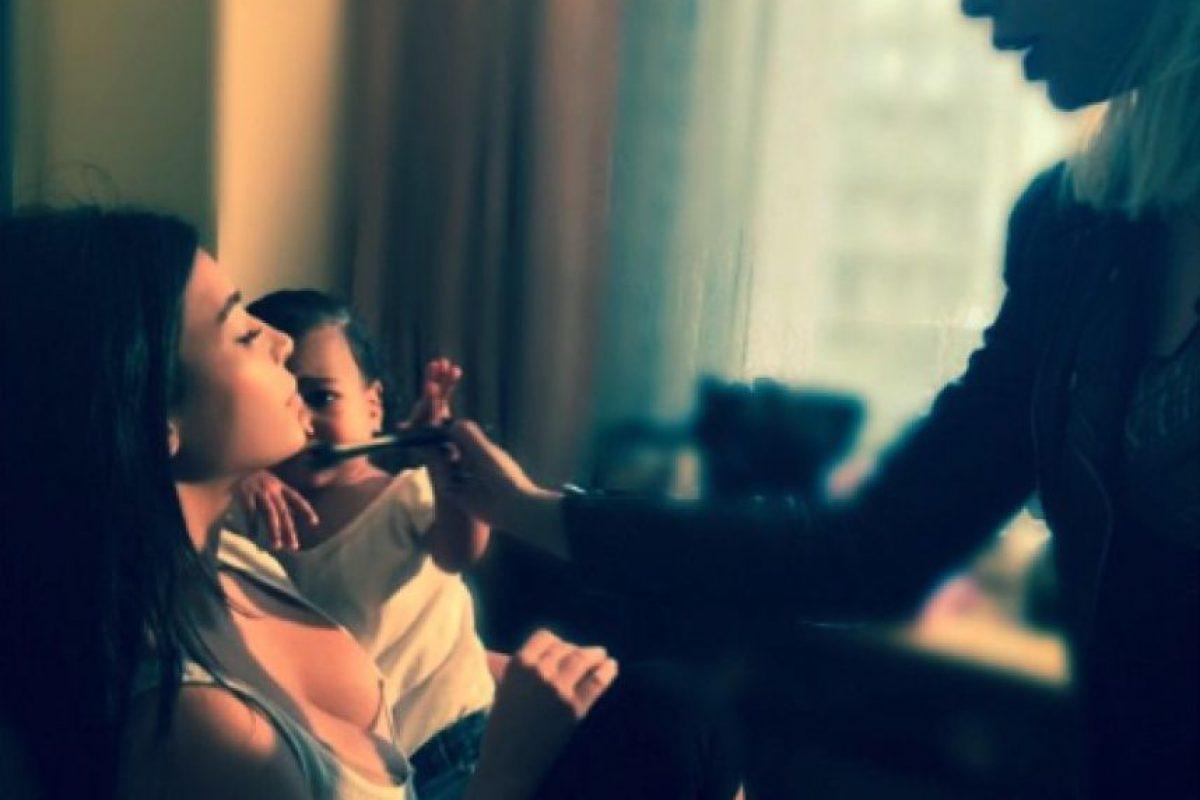 La socialité se maquilla para el gran evento deportivo Foto:Instagram/kimkardashian. Imagen Por:
