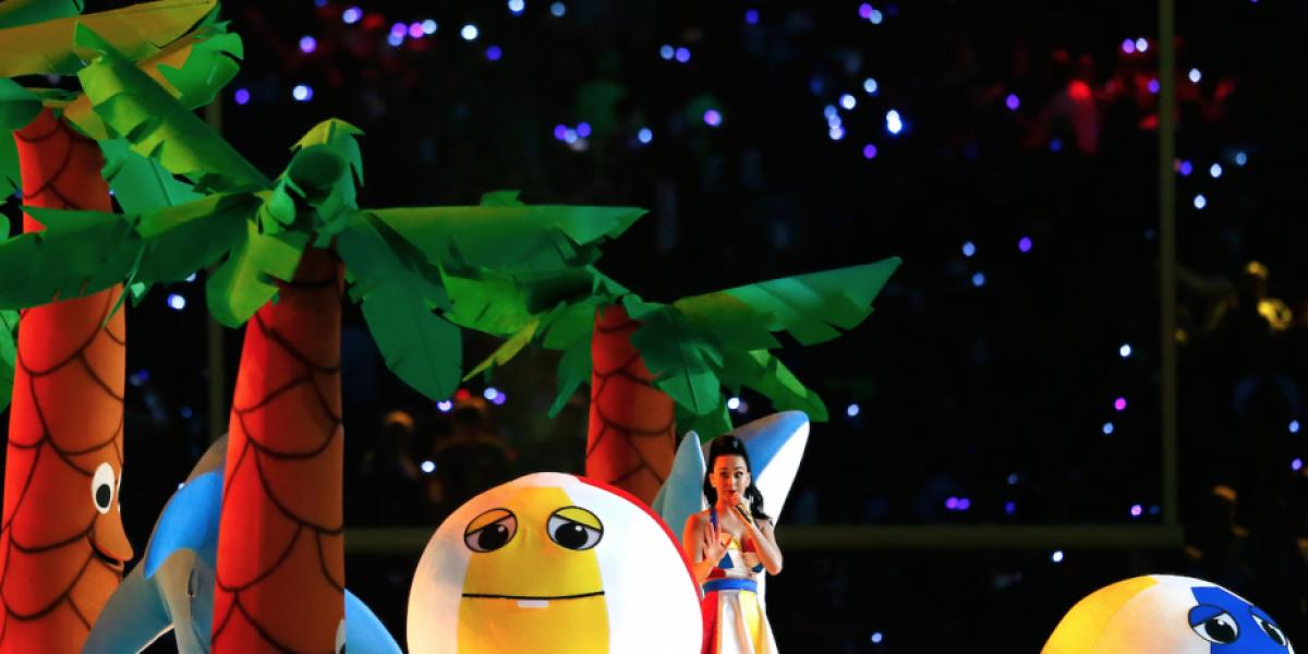 FOTOS: El misterioso momento que nadie notó en el show de Katy Perry