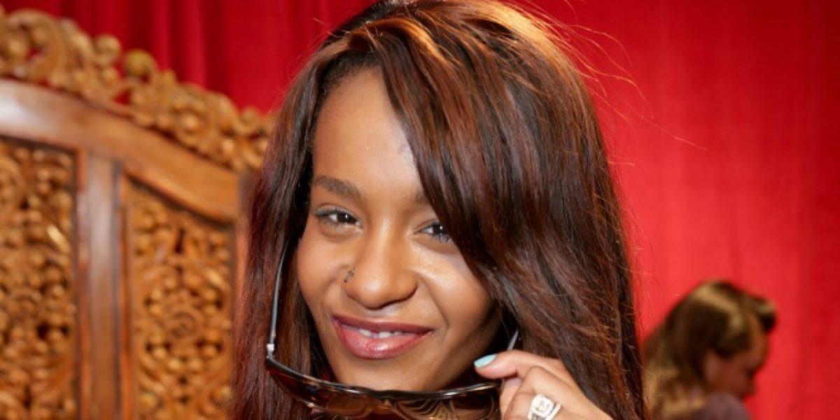 Familiares comienzan a despedirse de la hija de Whitney Houston