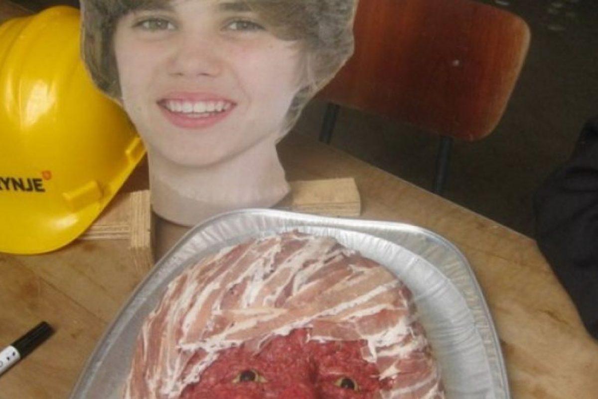 Justin de carne. Foto:Imgur. Imagen Por:
