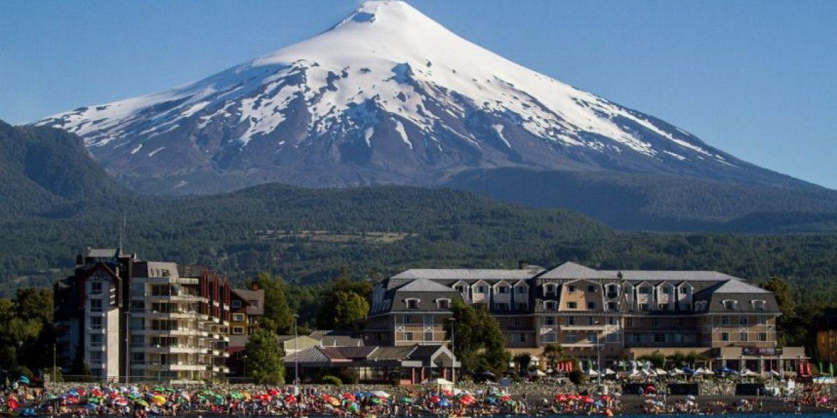 Volcán Villarica presenta inestabilidad y autoridades mantienen alerta amarilla