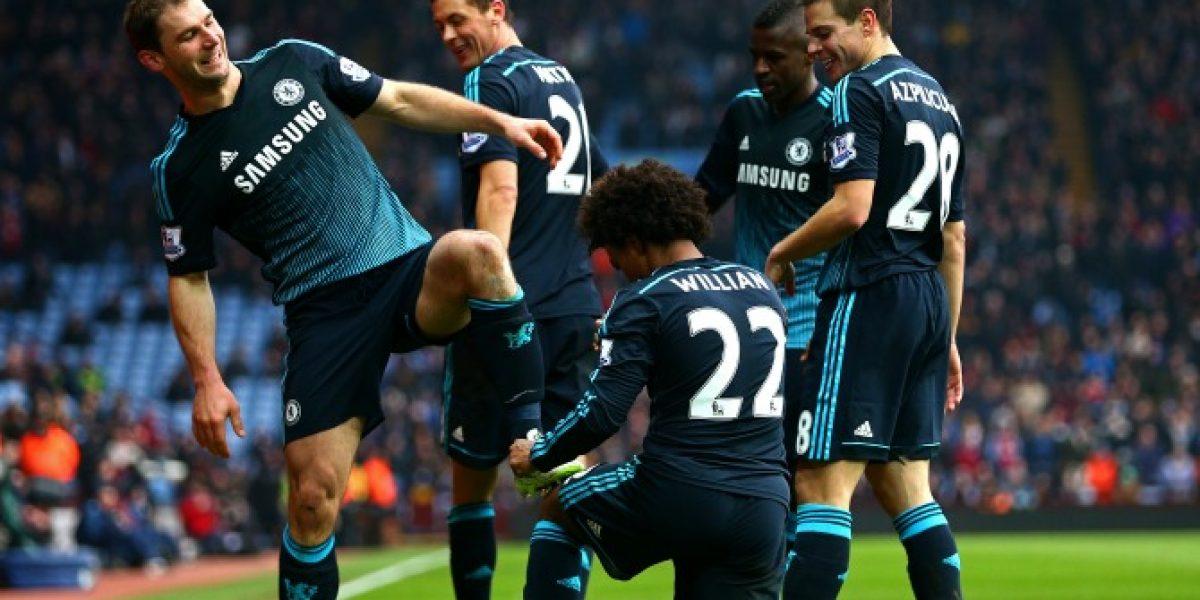 Chelsea saca ventaja en la cima de la Premier tras vencer con sufrimiento al Aston Villa