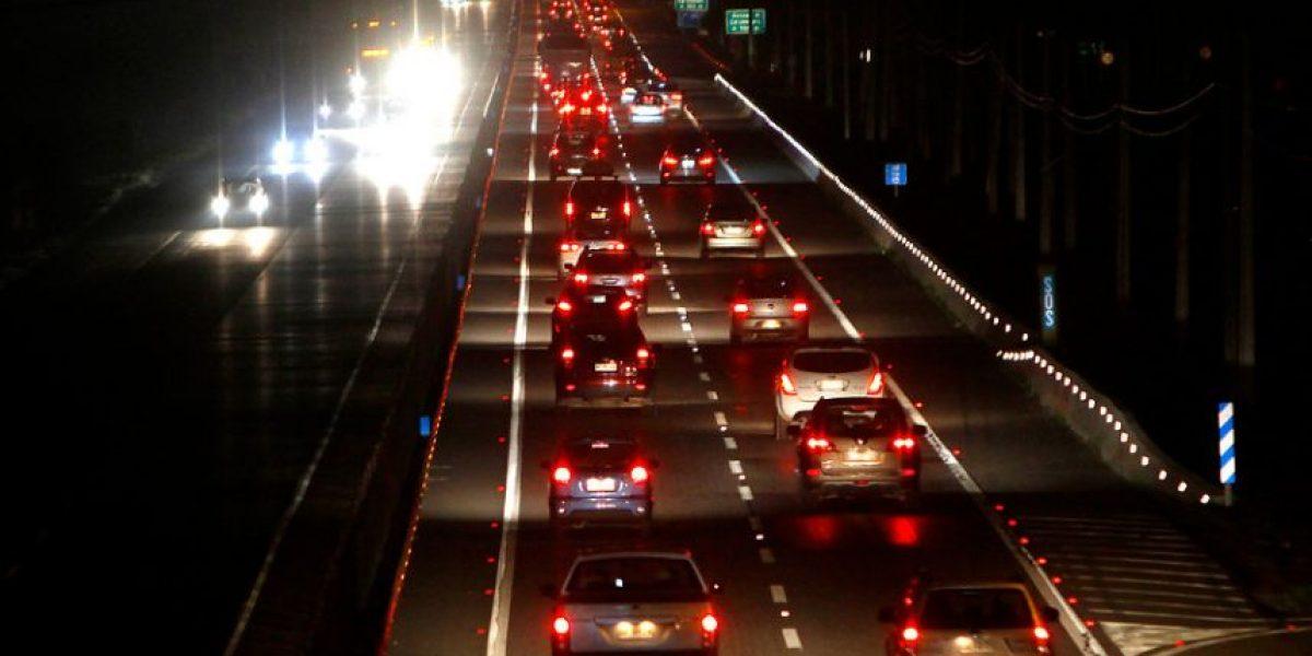 Larga espera en peajes y congestión vehicular marcó retorno de veraneantes a la capital