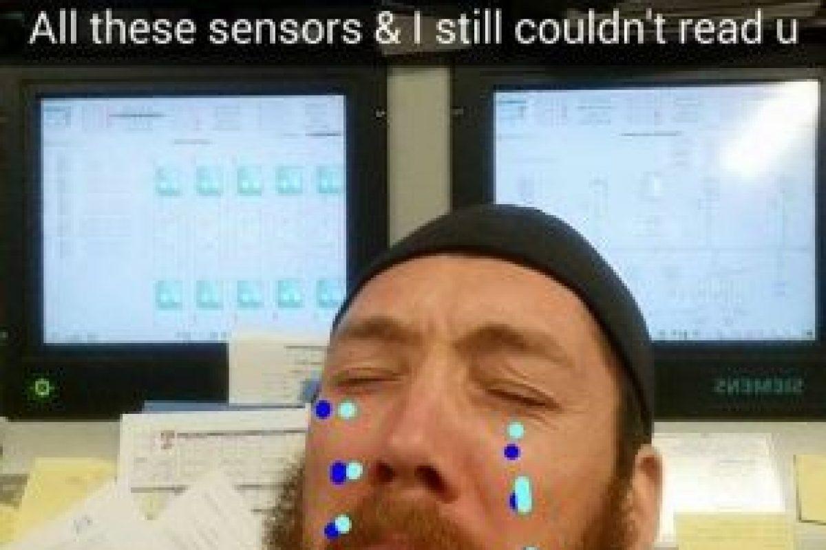 Subió fotos de sí mismo con lágrimas. Foto:Reddit. Imagen Por: