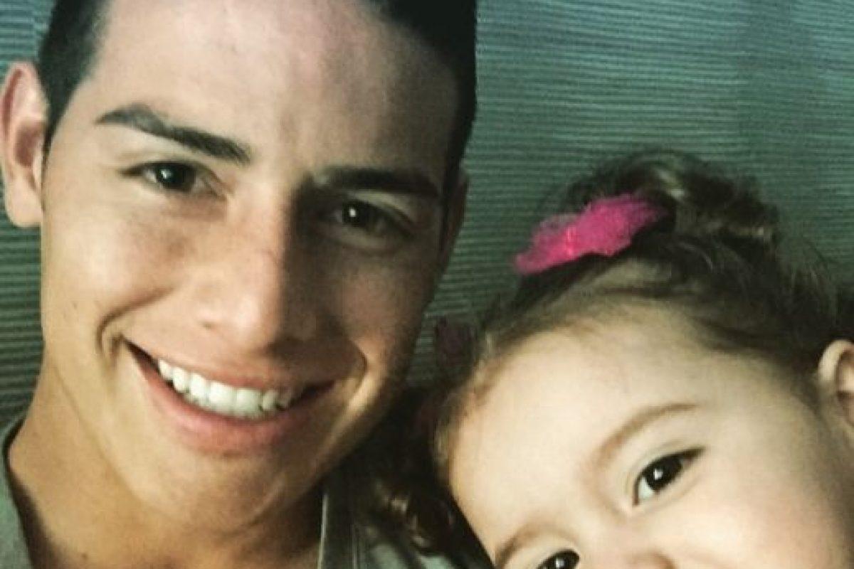 El selfie de padre e hija. Foto:instagram.com/salomerodriguezospi. Imagen Por: