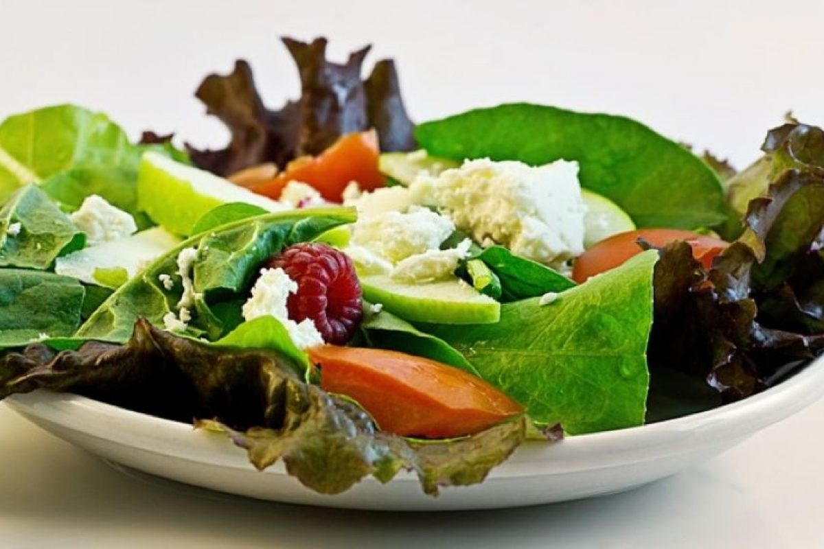 Fuentes de grasas primarias incluyen el aceite de oliva, pescado y cereales no refinados. Foto:Pixabay. Imagen Por: