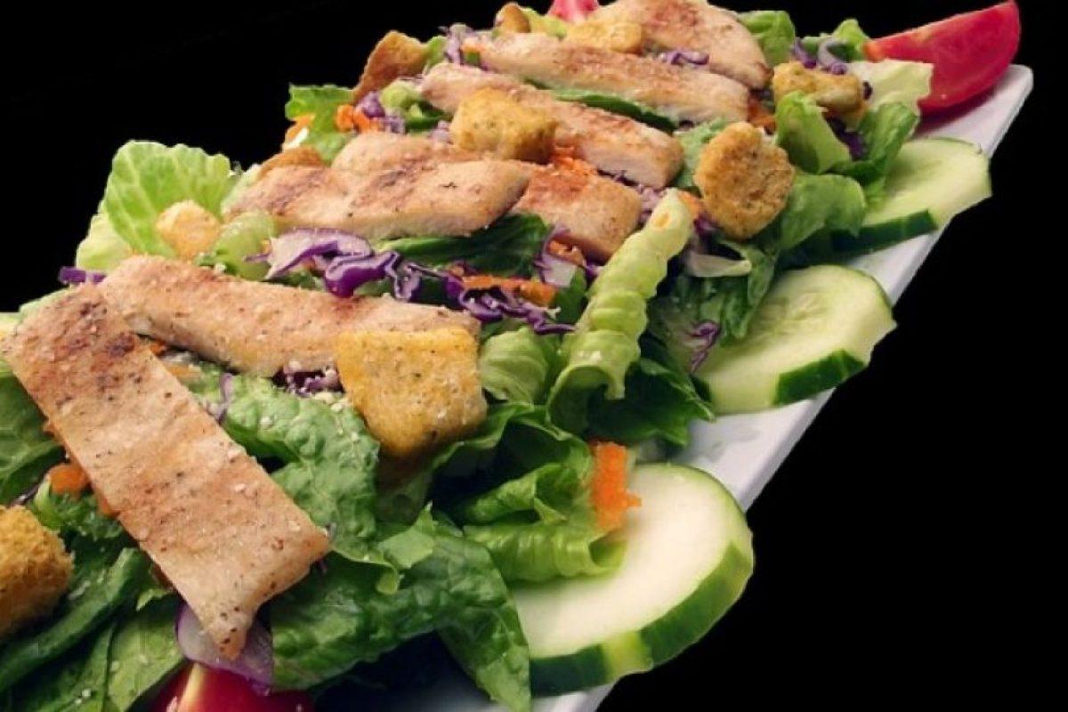 """""""Sin embargo, la dieta mediterránea no es una receta, es un estilo de vida. Se trata de tener un conocimiento de qué alimentos son saludables o no saludables"""". Foto:Pinterest. Imagen Por:"""