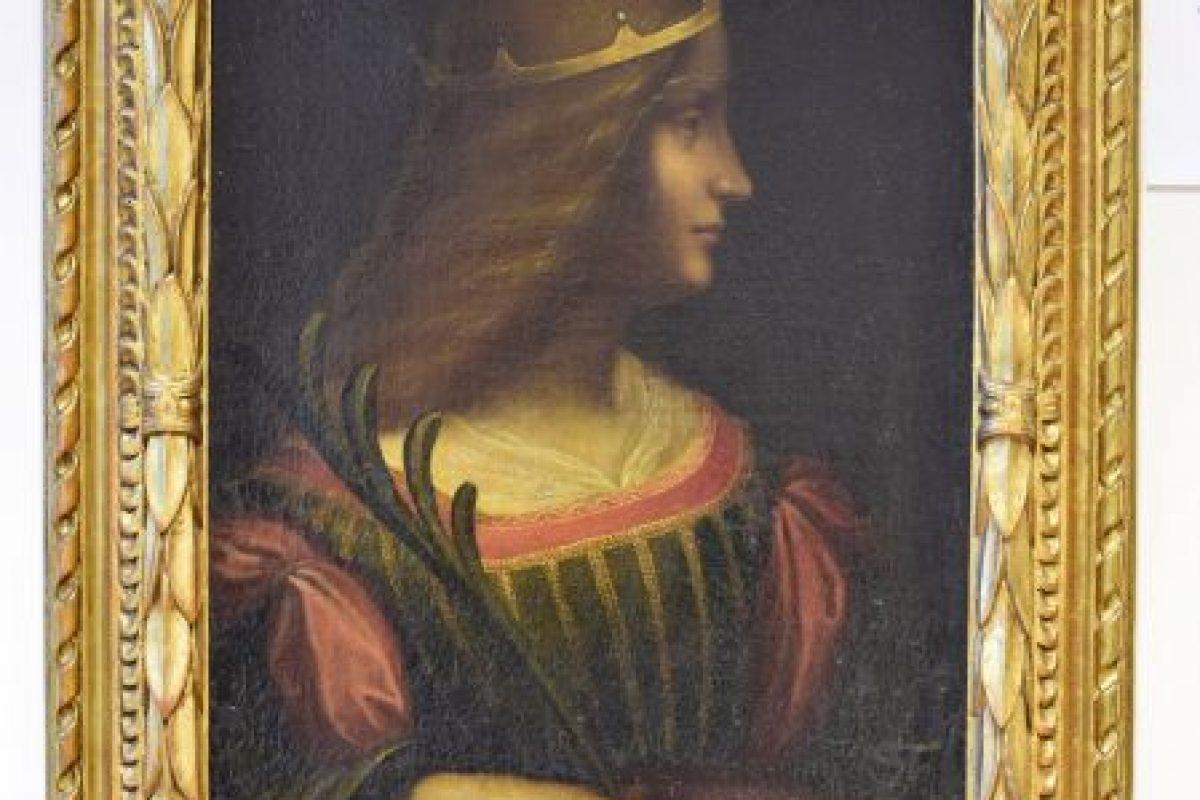 La pintura tiene algunos rasgos de las obras de Leonardo como la luminosidad o la sonrisa del personaje. Foto:AP. Imagen Por: