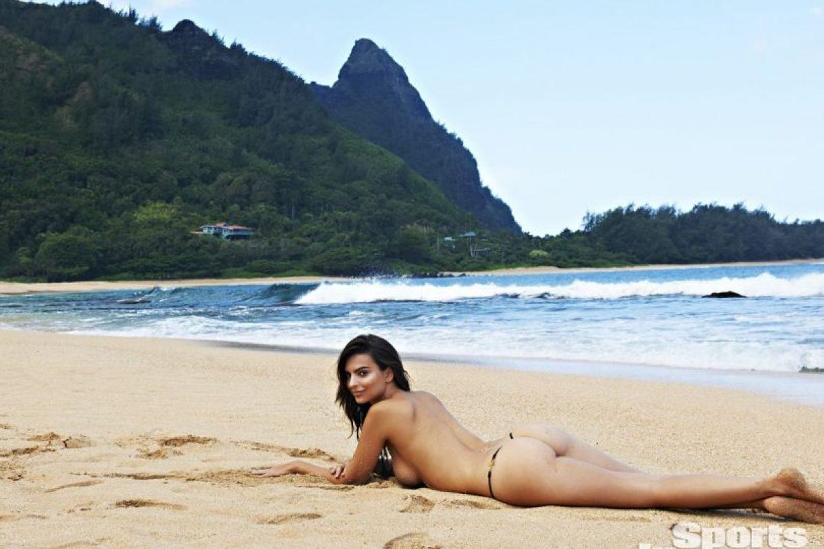 Optó por hacer topless Foto:Sports Illustrated. Imagen Por: